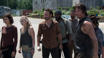 "New Season 4 ""The Walking Dead"" Previews"